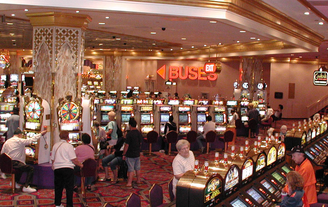 The Rewards Of Playing In Online Casinos